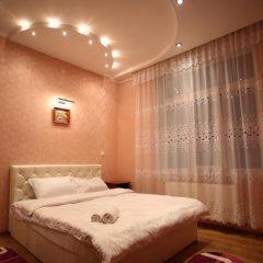 Гостиница Romantic Apartaments 1 Львов комната для гостей фото 5