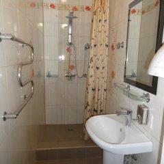 Гостиница Mini Hotel Gostevoy Dom в Саранске отзывы, цены и фото номеров - забронировать гостиницу Mini Hotel Gostevoy Dom онлайн Саранск ванная фото 2
