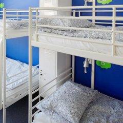Отель CheapSleep Helsinki Кровать в общем номере с двухъярусной кроватью фото 3