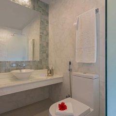 Отель Malahini Kuda Bandos Resort 4* Стандартный номер с двуспальной кроватью фото 4