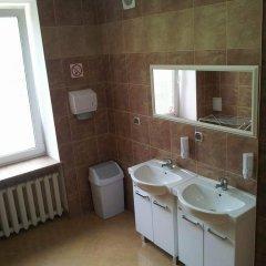 Отель Hostel Maxim Польша, Варшава - отзывы, цены и фото номеров - забронировать отель Hostel Maxim онлайн ванная