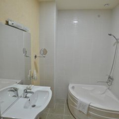 Gloria Hotel 4* Стандартный номер с различными типами кроватей фото 11