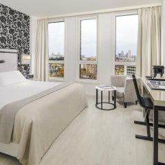 Отель H10 London Waterloo 4* Номер Делюкс с различными типами кроватей фото 4