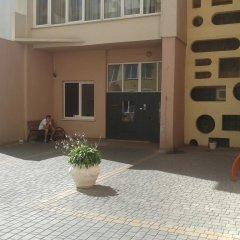 Апартаменты Apartment Red and White Студия с различными типами кроватей фото 3