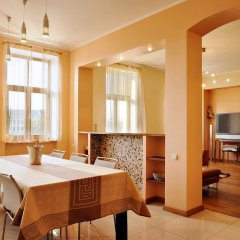 Апартаменты Raina Lux Apartment комната для гостей фото 3