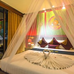 Tanawan Phuket Hotel 3* Улучшенный номер с двуспальной кроватью фото 5