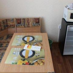 Гостиница Шахтер 3* Улучшенный номер с разными типами кроватей фото 2