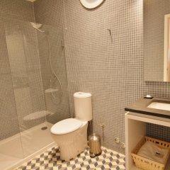 Отель YOURS GuestHouse Porto 4* Стандартный номер двуспальная кровать фото 4