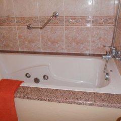 Отель Caroni Португалия, Виламура - отзывы, цены и фото номеров - забронировать отель Caroni онлайн ванная фото 2