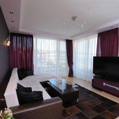 Hotel Heaven комната для гостей