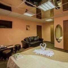Мини-отель ФАБ 2* Стандартный семейный номер разные типы кроватей фото 12