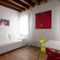 Отель The Lion's House APT1 Италия, Венеция - отзывы, цены и фото номеров - забронировать отель The Lion's House APT1 онлайн комната для гостей фото 5