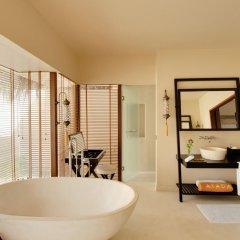 Отель Ayada Maldives 5* Семейный люкс с двуспальной кроватью фото 5