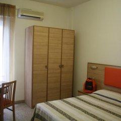 Hotel Camelia Римини комната для гостей фото 3
