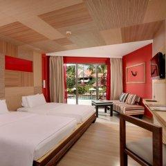 Patong Beach Hotel 4* Улучшенный номер с различными типами кроватей