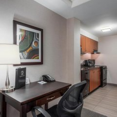 Отель Regency Suites Hotel Канада, Калгари - отзывы, цены и фото номеров - забронировать отель Regency Suites Hotel онлайн в номере