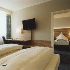 Hotel Jedermann 2* Стандартный семейный номер с двуспальной кроватью фото 13