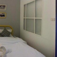 Ai Phuket Hostel Стандартный номер с двуспальной кроватью (общая ванная комната) фото 4