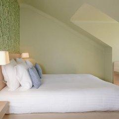 Отель Hôtel Du Centre 2* Стандартный семейный номер с двуспальной кроватью фото 12
