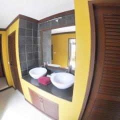 Отель Baan Khao Hua Jook 3* Улучшенная вилла с различными типами кроватей фото 3