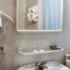 Отель Parc Испания, Курорт Росес - отзывы, цены и фото номеров - забронировать отель Parc онлайн ванная