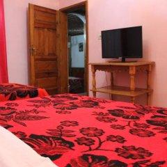 Отель Bar Restaurant Merlika комната для гостей фото 3