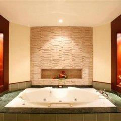 Отель Duangjitt Resort, Phuket 5* Семейный люкс с двуспальной кроватью фото 9