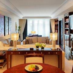 Breidenbacher Hof, a Capella Hotel 5* Представительский люкс с различными типами кроватей фото 7