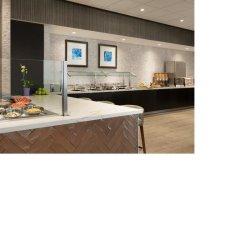 Отель Quality Suites Toronto Airport Канада, Торонто - отзывы, цены и фото номеров - забронировать отель Quality Suites Toronto Airport онлайн питание фото 3