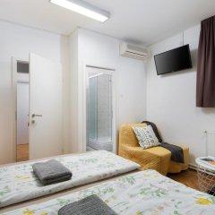 Hostel Bureau Номер Делюкс с различными типами кроватей фото 7