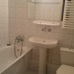 Отель Jowisz Польша, Познань - отзывы, цены и фото номеров - забронировать отель Jowisz онлайн ванная