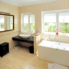 Отель Dalat Edensee Lake Resort & Spa 5* Номер Делюкс фото 12