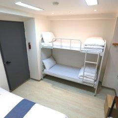 Отель Must Stay 2* Стандартный семейный номер с двуспальной кроватью фото 2