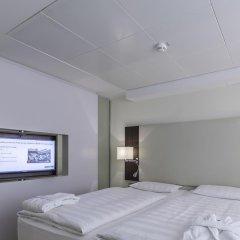 Отель Park Inn by Radisson Berlin Alexanderplatz 4* Люкс разные типы кроватей фото 2