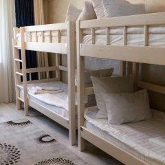 Mini hotel Kay and Gerda Hostel 2* Кровать в мужском общем номере фото 13