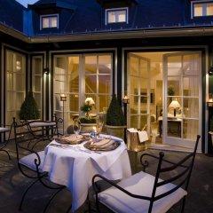 Отель Falkensteiner Schlosshotel Velden 5* Люкс с различными типами кроватей фото 4
