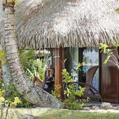 Отель Sofitel Bora Bora Marara Beach Resort 4* Улучшенное бунгало с различными типами кроватей фото 3