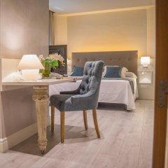 Отель Pirineos 4* Стандартный номер с различными типами кроватей фото 5