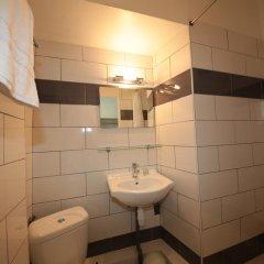 Отель Cresp Франция, Ницца - отзывы, цены и фото номеров - забронировать отель Cresp онлайн ванная
