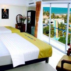 Golden Lotus Hotel 2* Номер Делюкс с различными типами кроватей фото 6