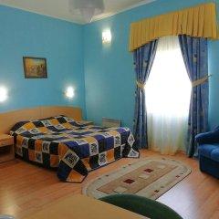 Отель Огни Мурманска Мурманск комната для гостей фото 5