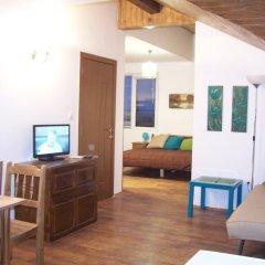 Отель Guest House Sunflowers Болгария, Поморие - отзывы, цены и фото номеров - забронировать отель Guest House Sunflowers онлайн комната для гостей фото 2