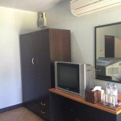 Отель Mermaid Beachfront Resort Ланта удобства в номере