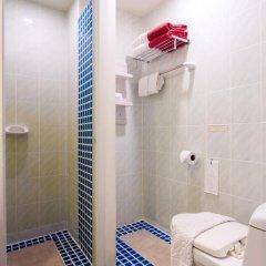 Chaweng Budget Hotel 3* Стандартный номер с различными типами кроватей фото 11