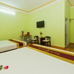 Отель Hoi An Life Homestay 2* Стандартный семейный номер с двуспальной кроватью