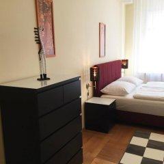 Апартаменты Ostrovni 7 Apartments Прага комната для гостей фото 2