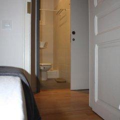 Отель Hostalet De Barcelona 2* Номер с общей ванной комнатой фото 3