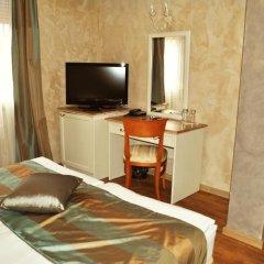 Отель Alexander Palace удобства в номере