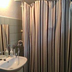 Отель Friis Bed & Bath Дания, Алборг - отзывы, цены и фото номеров - забронировать отель Friis Bed & Bath онлайн ванная фото 2