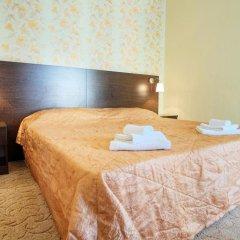 Гостиница Континент 2* Стандартный семейный номер с разными типами кроватей фото 3